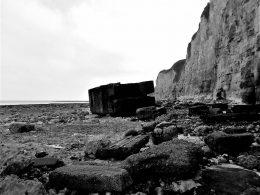 gekantelde bunker